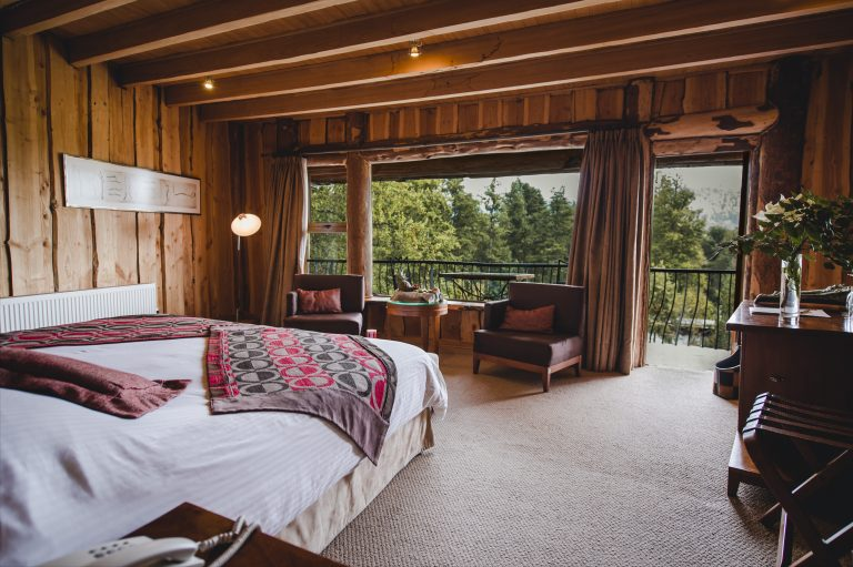 Accomodation_Nothofagus_Superior-Room_INT_005